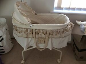 Bears Love 'n' Care Bassinet Morley Bayswater Area Preview