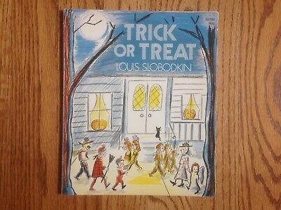 Vintage Pb Halloween Book Trick Or Treat Louis Slobodkin Oop   Hard To Find