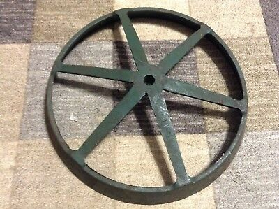 20-291 - A New Cast Wheel Half For Cole 400 500 1800 1900 Series Planter