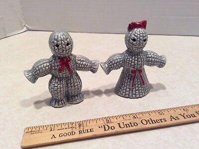 Vintage pair gray gingerbread man salt/pepper shakers
