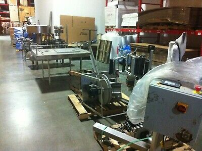 Federal Plastic Bottle Filler With Conveyor Debagger And Labeler