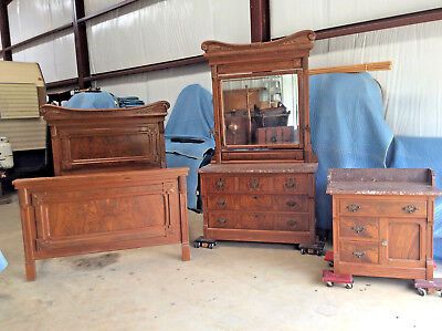 Victorian Bedroom Suite - Bedroom Suite: VIctorian Aesthetic; Walnut/burl; 3pc;  c1890s; Original finish