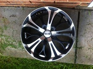 Holden commodore wheels Blacktown Blacktown Area Preview