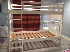 Strong White Wood Twin/Bunk beds