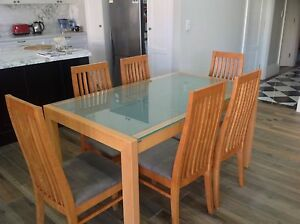 BEAUTIFUL SIX SEATER DINING TABLE Croydon Burwood Area Preview