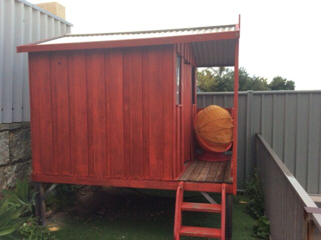 Cubby house toys outdoor gumtree australia joondalup for Outdoor furniture joondalup
