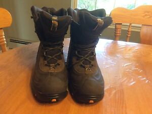 Brand New Columbia Boots!