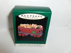 Cookie Car-Noel RR`1996`Miniature-8Th In The Noel Series,Hallmark Ornament- New
