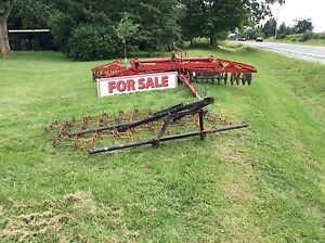 16 foot disk and 10.5 foot harrow with 3pt hitch lift