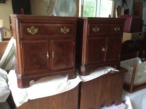 Pair of high quality DREXEL NIGHT STANDS