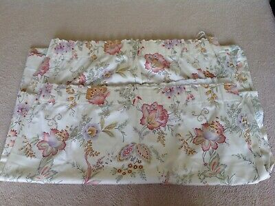 "Vintage St.Michael Floral pair of curtains 60"" x 54"". Cream background"