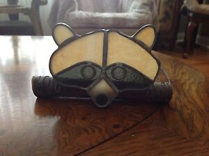 Stained glass raccoon
