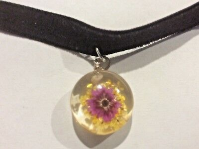 - Real flower lucite resin pendant necklace