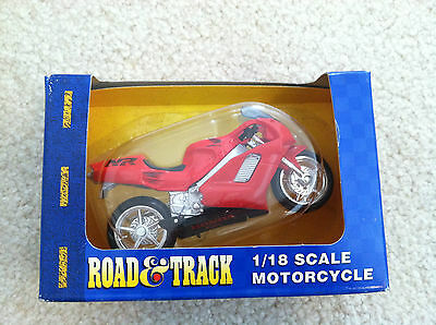 Road & Track 1/18 Motorcycle bike crotch rocket Honda NR collector maisto toy