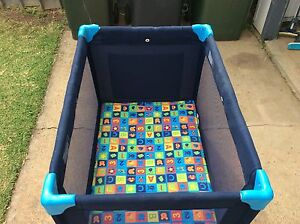 Portable cot Shortland Newcastle Area Preview
