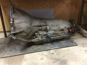 200r4 Chevy tranny 4 speed automatic