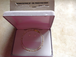 Freshwater pearl set - new