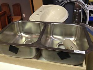 Kitchen and Bathroom Sinks for Sale #HFHGTA Newmarket ReStore