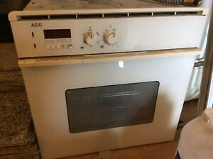 3 WORKING ELECTRIC STOVES !!!! $10 ea