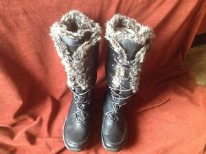 Ladies Rockport Winter Boots