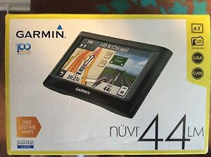 "GPS - Garmin 4.3"" touch screen"