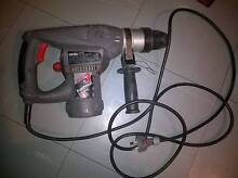 ozito rotary hammer drill 900w  (use)  working good ( 40 $ ) Cabramatta West Fairfield Area Preview