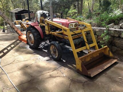 Feng Shou 180-3 tractor Toowoomba 4350 Toowoomba City Preview