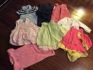 Lot of baby girl summer clothes, size 6-12 months N