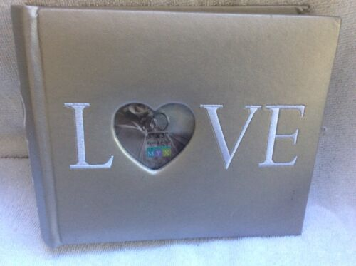 Photo Album 7.5x 6.5 Grey with words Love open window for photo NEW