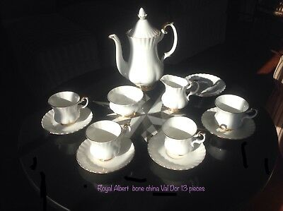 Large Royal Albert 14 Piece Coffee Pot