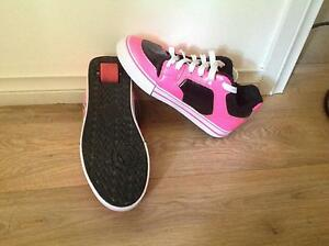 Hot pink heelys size 8 Hamley Bridge Wakefield Area Preview