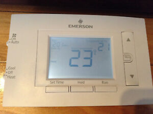 Emerson 1F83C-11PR Programmable Thermostat 5-1-1 day (used)