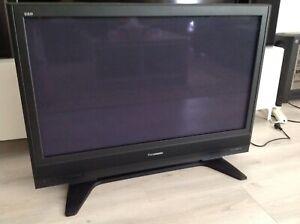 "Panasonic Viera plasma TV 42"" model TH-42PX7A"