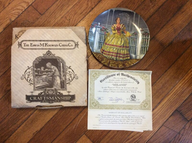 """Gone With The Wind """"Melanie"""" Collectors Plate in Box w/ COA"""