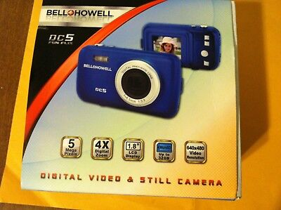 Bell & Howell DC5 Fun-Flix 5.0MP Digital Camera - Blue