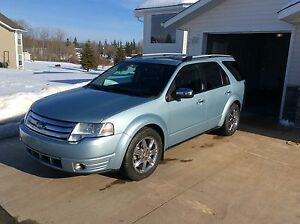 2008 Ford Taurus limited SUV, Crossover