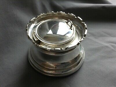 Silver Castle Top Inkwell & Liner good quality & weight