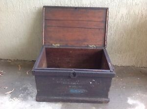 Rustic old wooden shipping chest Old Toongabbie Parramatta Area Preview