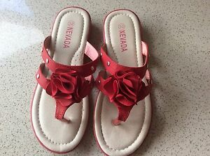 Girls Shoes size 32 Stirling Stirling Area Preview