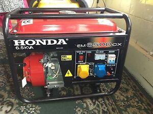 Honda-EM6500CX-Brand-New-generstor