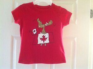 New Girl's Canada Day t-shirt size 5/6