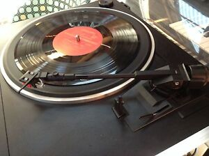 BARGAIN RETRO STEREO VINYL RECORD PLAYER + FREE VINYL RECORDS Athelstone Campbelltown Area Preview