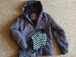 Girls powder room jacket and hat Kitchener / Waterloo Kitchener Area image 1