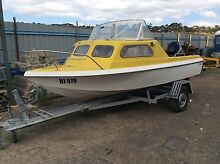 Fibreglass boat 16 footer in iMack condition no cracks Keilor Brimbank Area Preview
