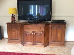 Moving sale,,house full of excellent quality timber furniture ,, Merewether Newcastle Area Preview
