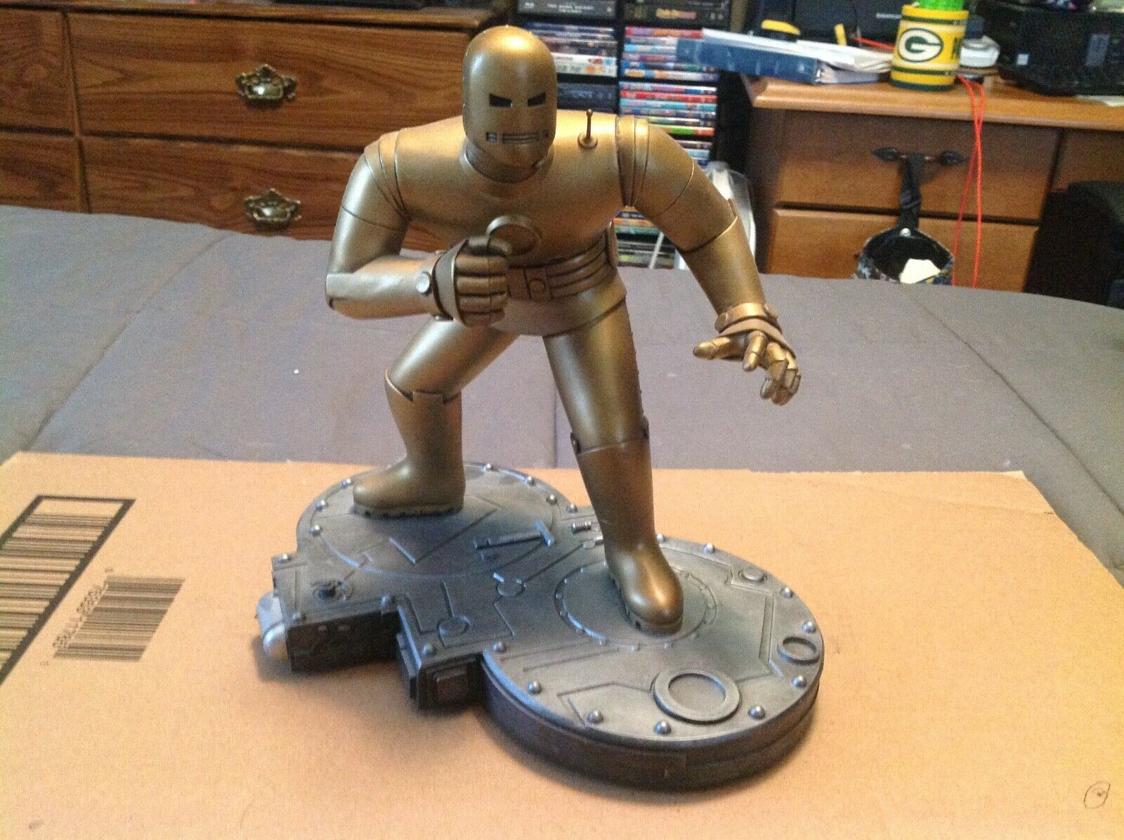 Bowen Designs Gold Original Iron Man 934/2000 Limited Edition - $80.00