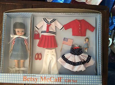TONNER BETSY MCCALL ALL AMERICAN BMCL6201 Gift Set 2002 MIB