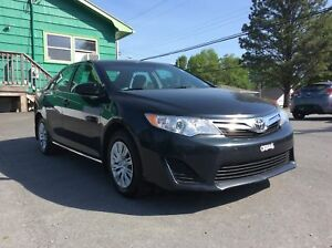 2014 Toyota Camry LE SEDAN WITH REAR BACK UP CAMERA AND AIR COND