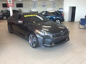 2018 Kia Stinger GT Limited w/Red Interior NOUVELLE ARRIVAGE
