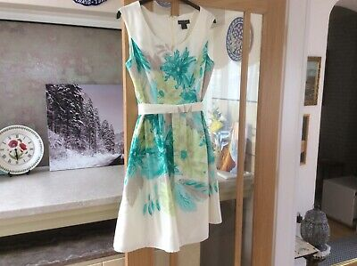 Jessica Howard stunning dress 16/18. New without tags.